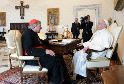 Papa Francisco se reúne con cardenal absuelto de pederastia