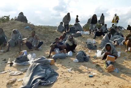 Naufragios en costas de Libia dejan 94 muertos en un día