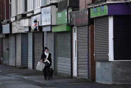 Aplican Ley Seca en Gales para frenar contagios de Covid