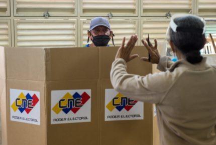 Venezuela: Maduro busca el control del Parlamento