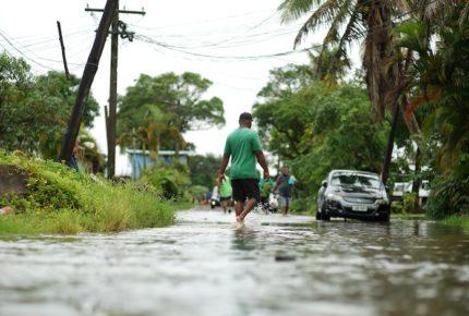Ciclón 'Yasa' arrasa en Fiyi y deja dos muertos
