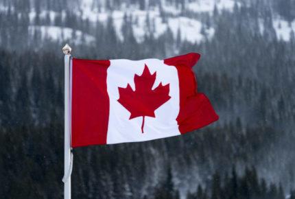 Canadá abrirá su frontera a estadounidenses vacunados