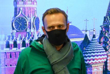 Detienen en Rusia a Alexéi Navalni