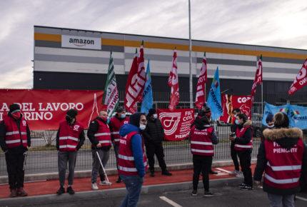Trabajadores de Amazon se van a huelga