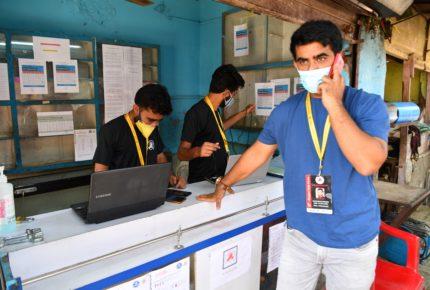 Jóvenes suman esfuerzos en luchan contra la Covid en India
