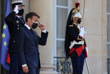 Dan 4 meses de prisión al hombre que abofeteó a Macron