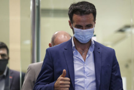 Neurocirujano declara por muerte de Maradona