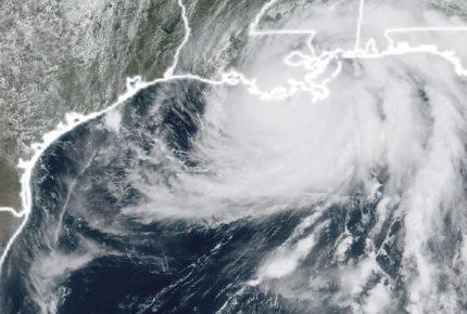 Huracán 'Ida' toca tierra en Luisiana en categoría 4