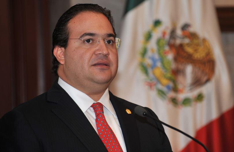 Duarte violó ley al asistir a acto proselitista en 2012: INE