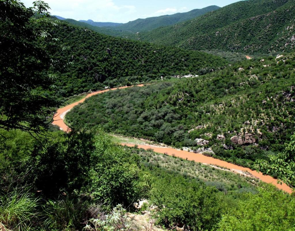 Protección Civil acusa a mina de otro derrame en Sonora