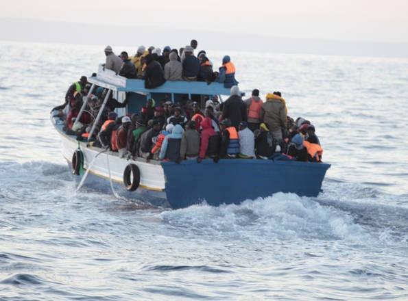 23133_inmigrantes_desde_libia_a_italia