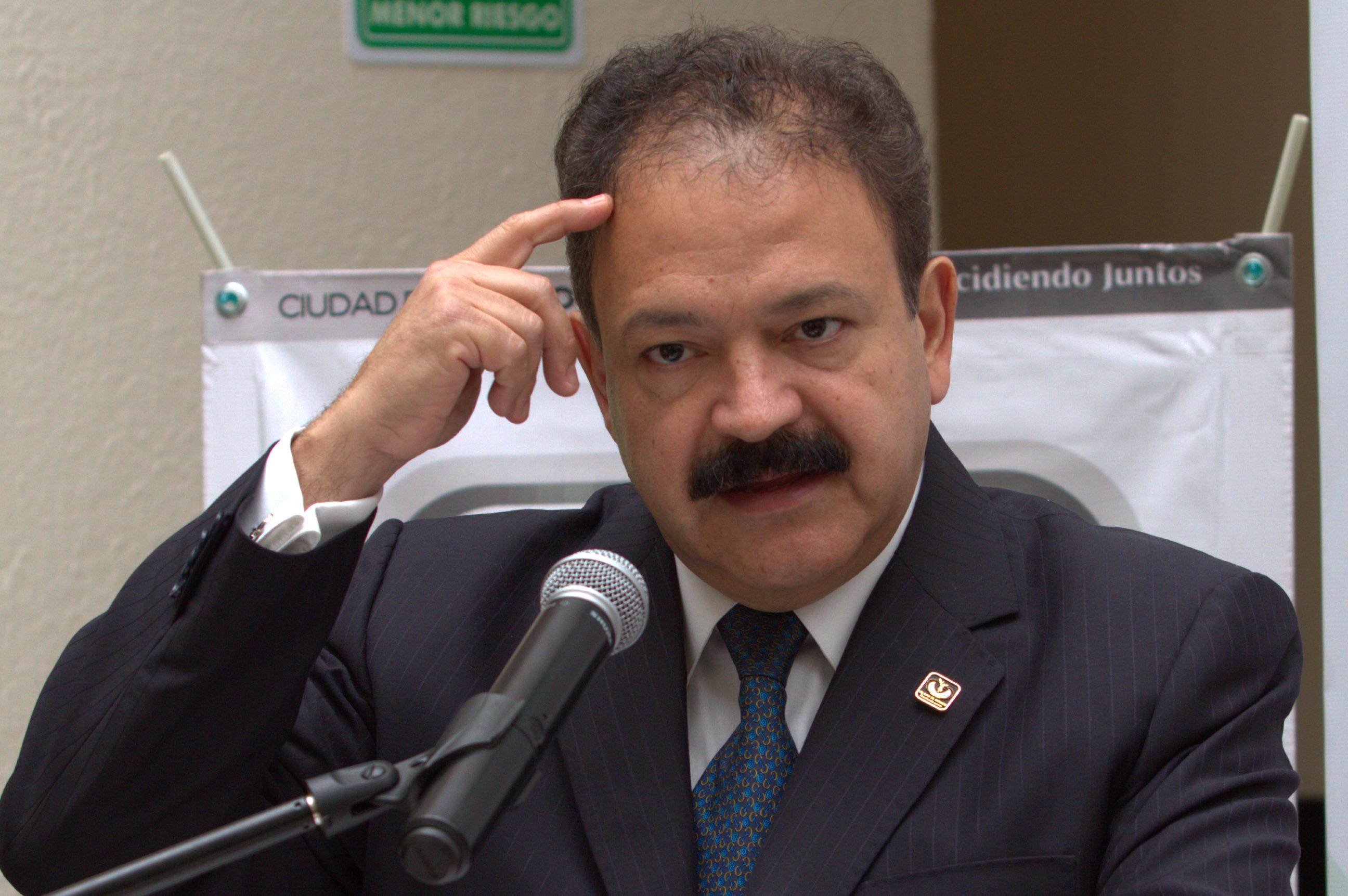 El GDF dio pauta para afrontar el ébola en México, pero…