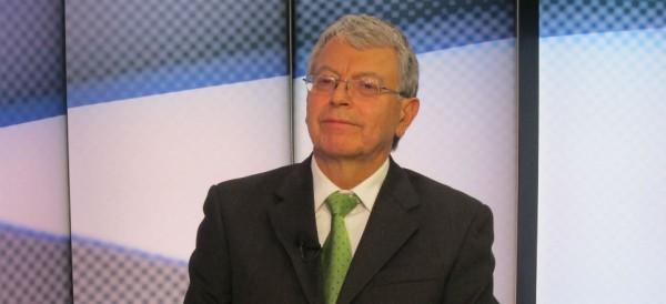 El senador Manuel Camacho sigue muy delicado
