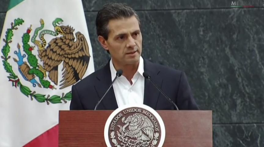 Gobierno, indignado por normalistas desaparecidos: Peña