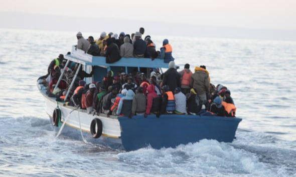 Denuncian muerte de 130 inmigrantes en naufragios en Libia