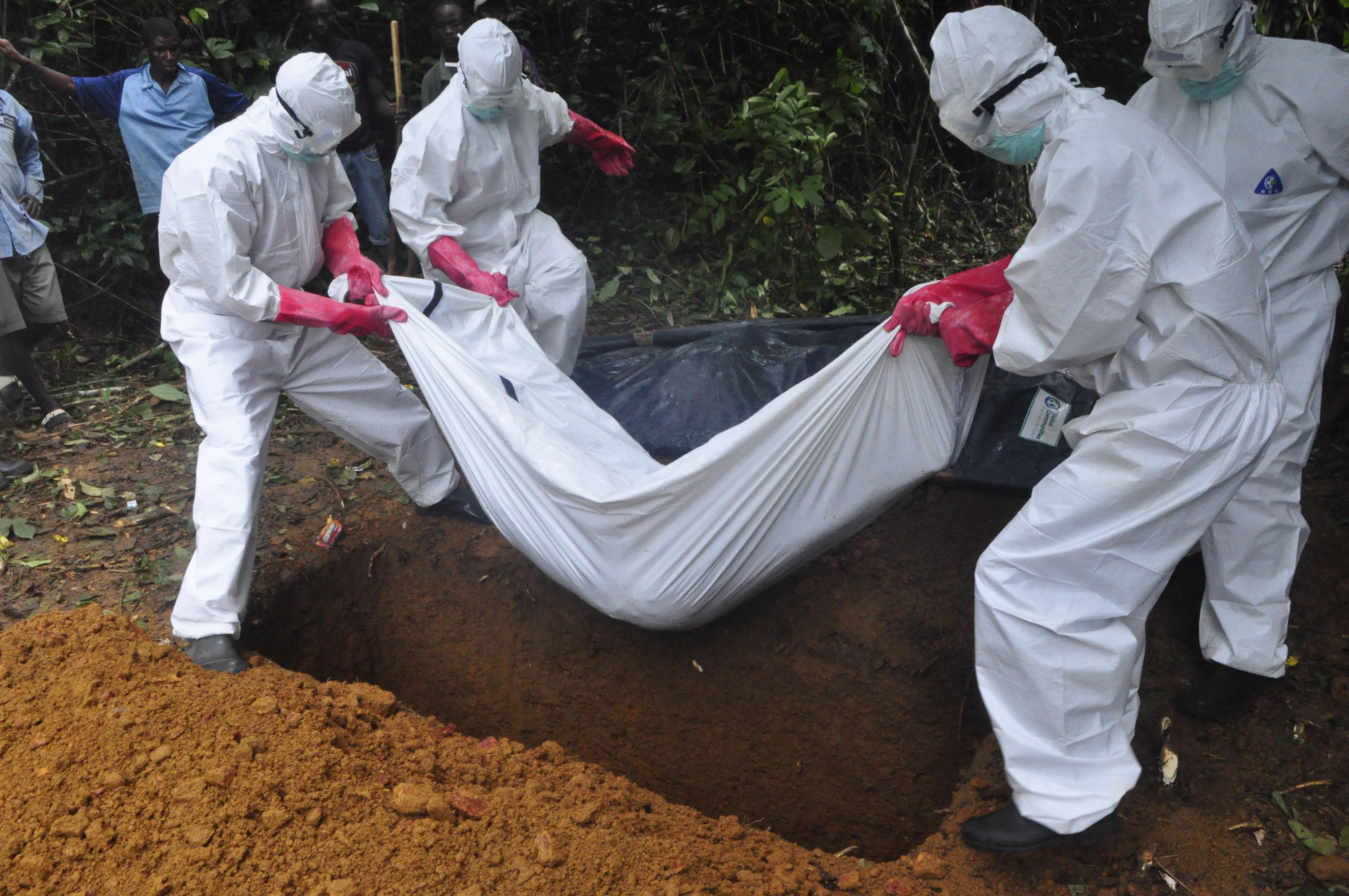 Ébola ha cobrado la vida de más de 7 mil personas: OMS