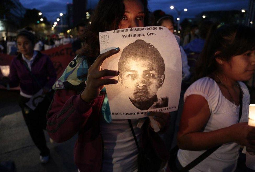 Ayotzinapa: nuevos derroteros informativos