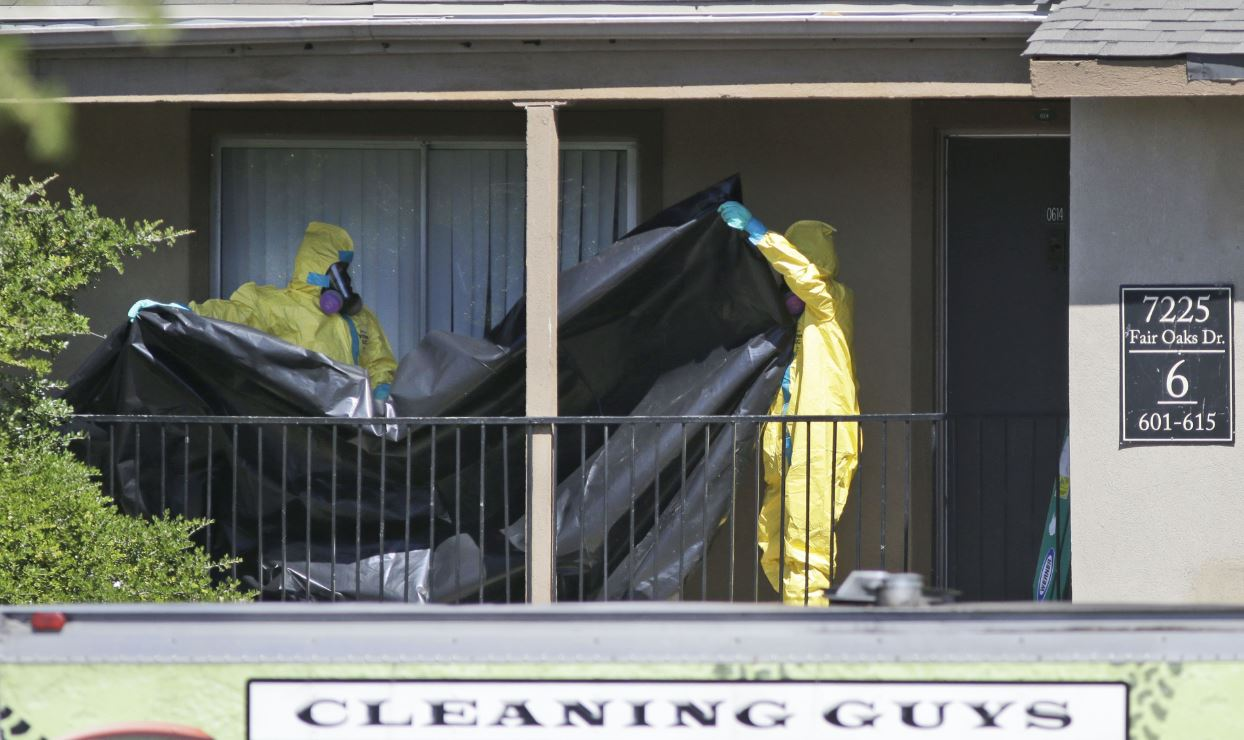 Diez personas con 'alto riesgo' de tener ébola en EU