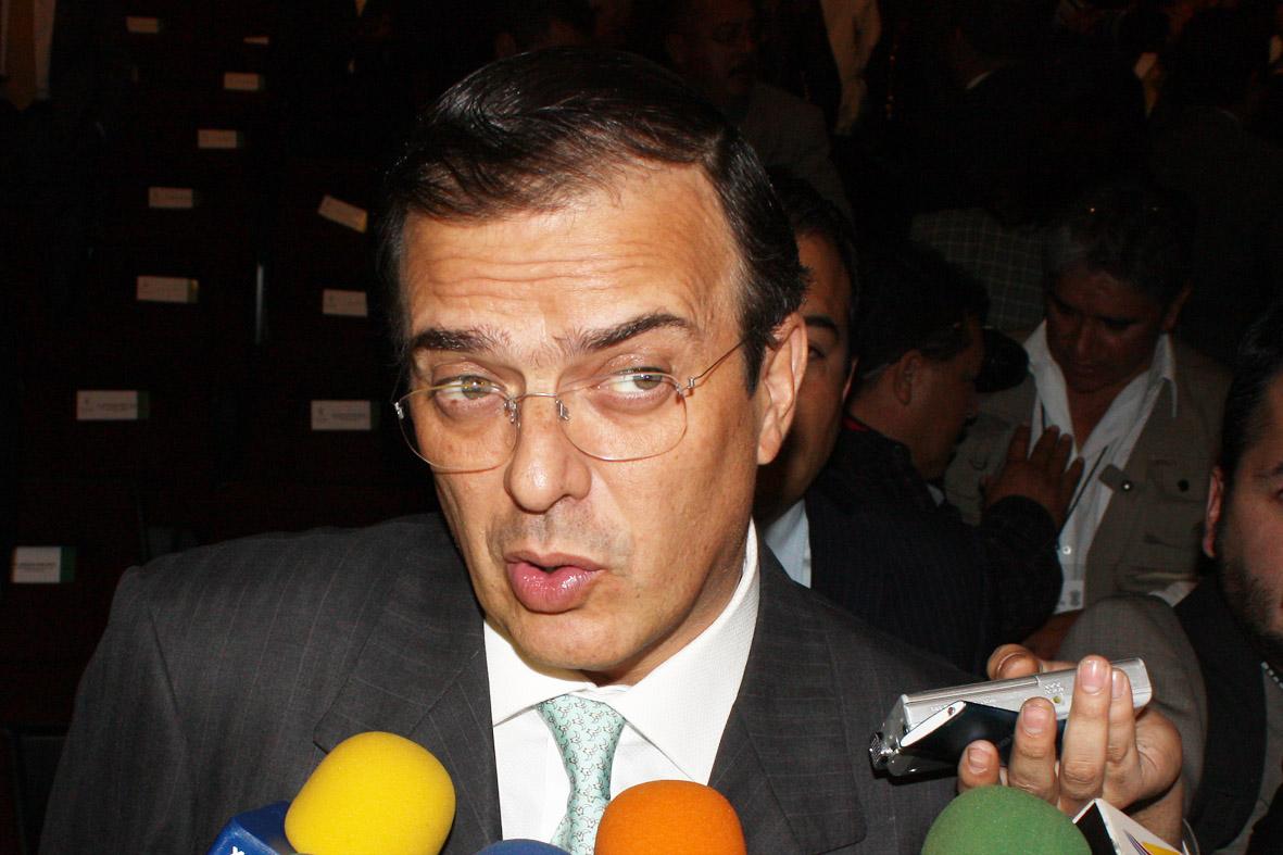 Se avecina un nuevo escándalo para Ebrard por donación al Teletón