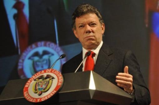 """Pide Santos dejarlo """"explorar"""" proceso de paz con ELN"""