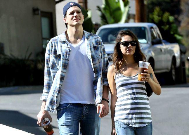 Mila Kunis y Ashton Kutcher son orgullosos padres de una niña