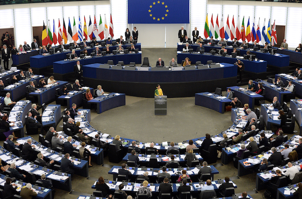 Ellos lograron revertir la condena de la UE a Peña por violaciones a derechos humanos
