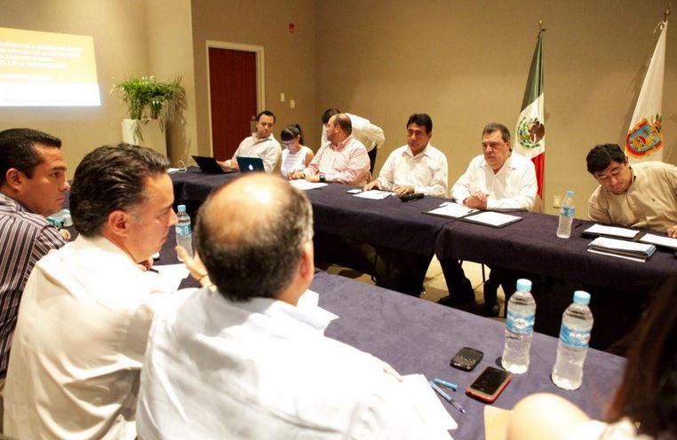 El gobernador de Guerrero admitió que supo en tiempo real lo que sucedió en Iguala