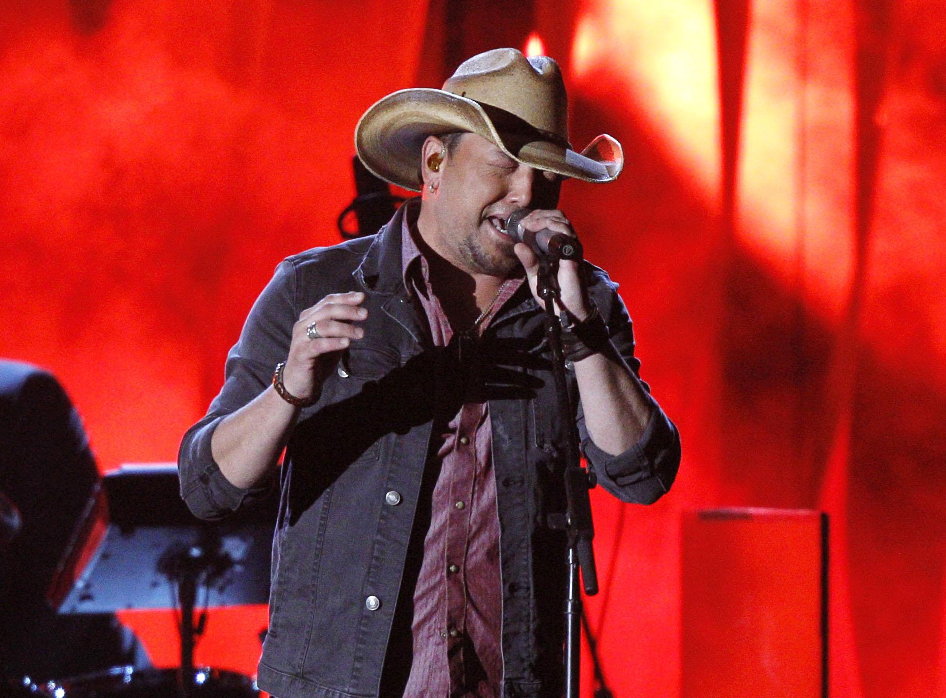 Cantante de country (también) retira su música de Spotify