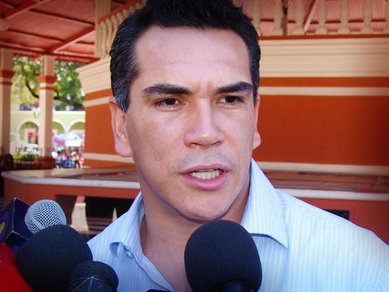 Alejandro Moreno asegura ser el candidato del PRI al gobierno de Campeche