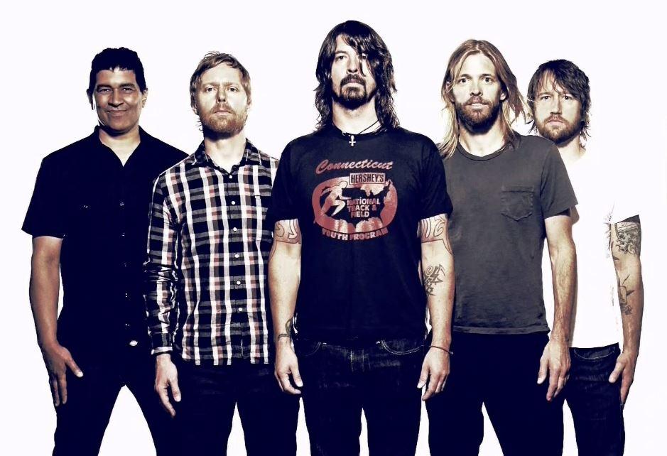 Foo Fighters estrena dos sencillos de su nuevo material