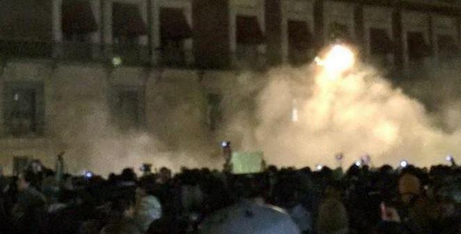 Ayotzinapa: No fue Peña, fue la izquierda mercenaria