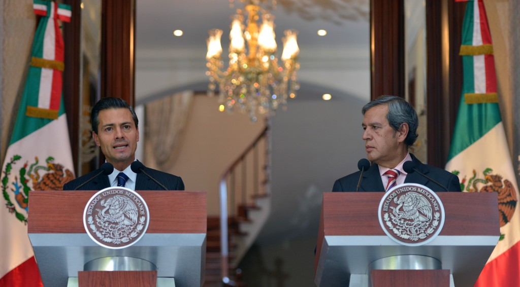 Rogelio Ortega continúa plegado al gobierno federal