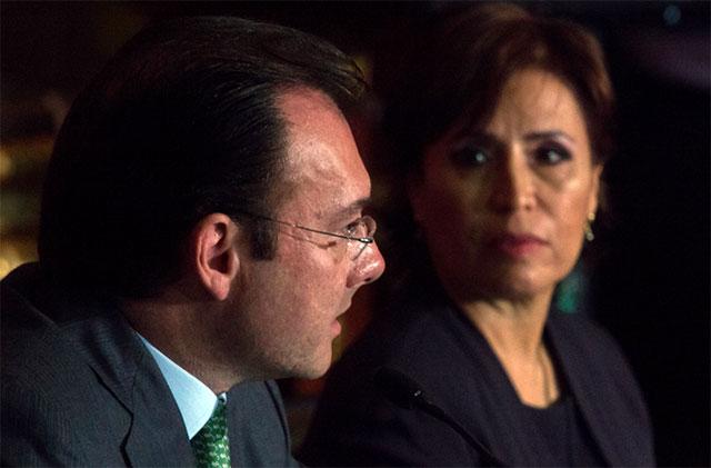 El desafío de dos secretarios de estado en foro organizado por The Economist