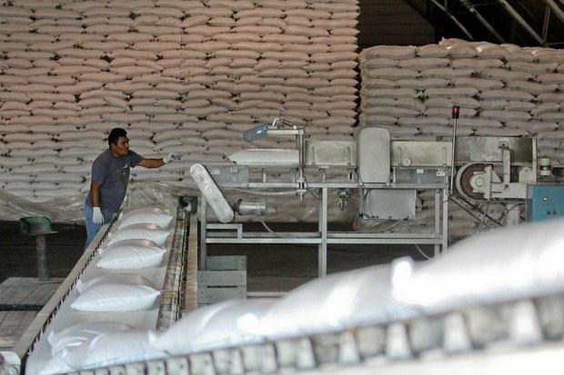 México y EU llegan a acuerdo sobre azúcar