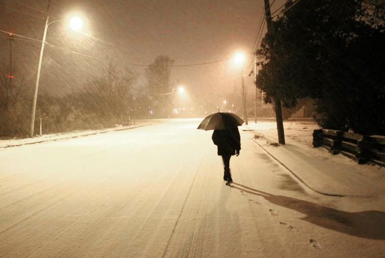 Tormenta de nieve deja a Japón sin electricidad