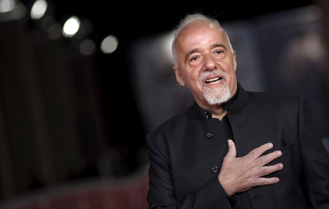 Coelho ofrece 100 mil dólares por 'The Interview'
