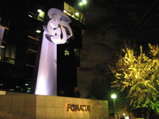 Otra vez cerraron Fonatur por deuda de 4 mil mdp