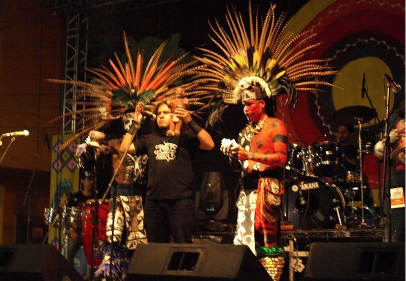 El náhuatl se difunde entre jóvenes a través del metal