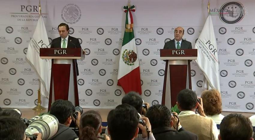 Murillo Karam cerró jurídicamente el caso de los normalistas