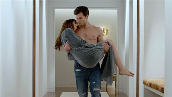 """Fifty Shades of Grey"" recauda 81 mdd en primera semana"