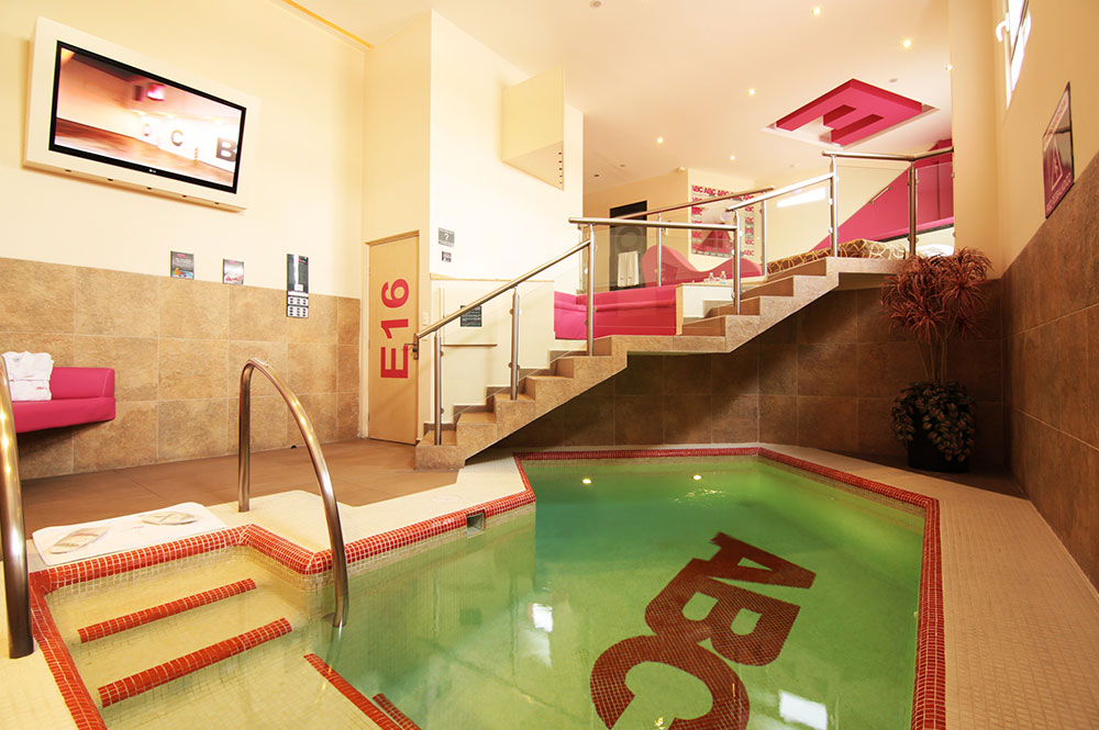 10 hoteles para despu s de hablarles bonito eje central for Motel con piscina privada