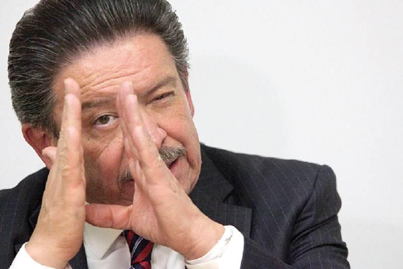Carlos Navarrete saca la casta por la Izquierda