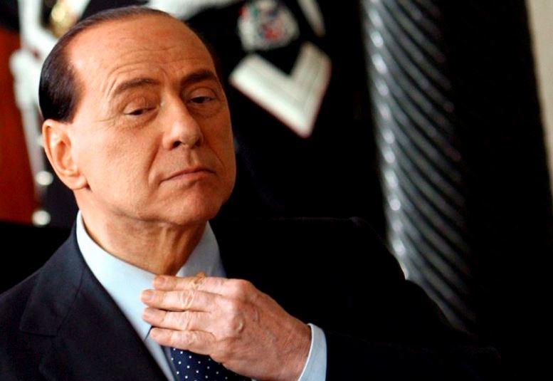 Absuelven a Berlusconi