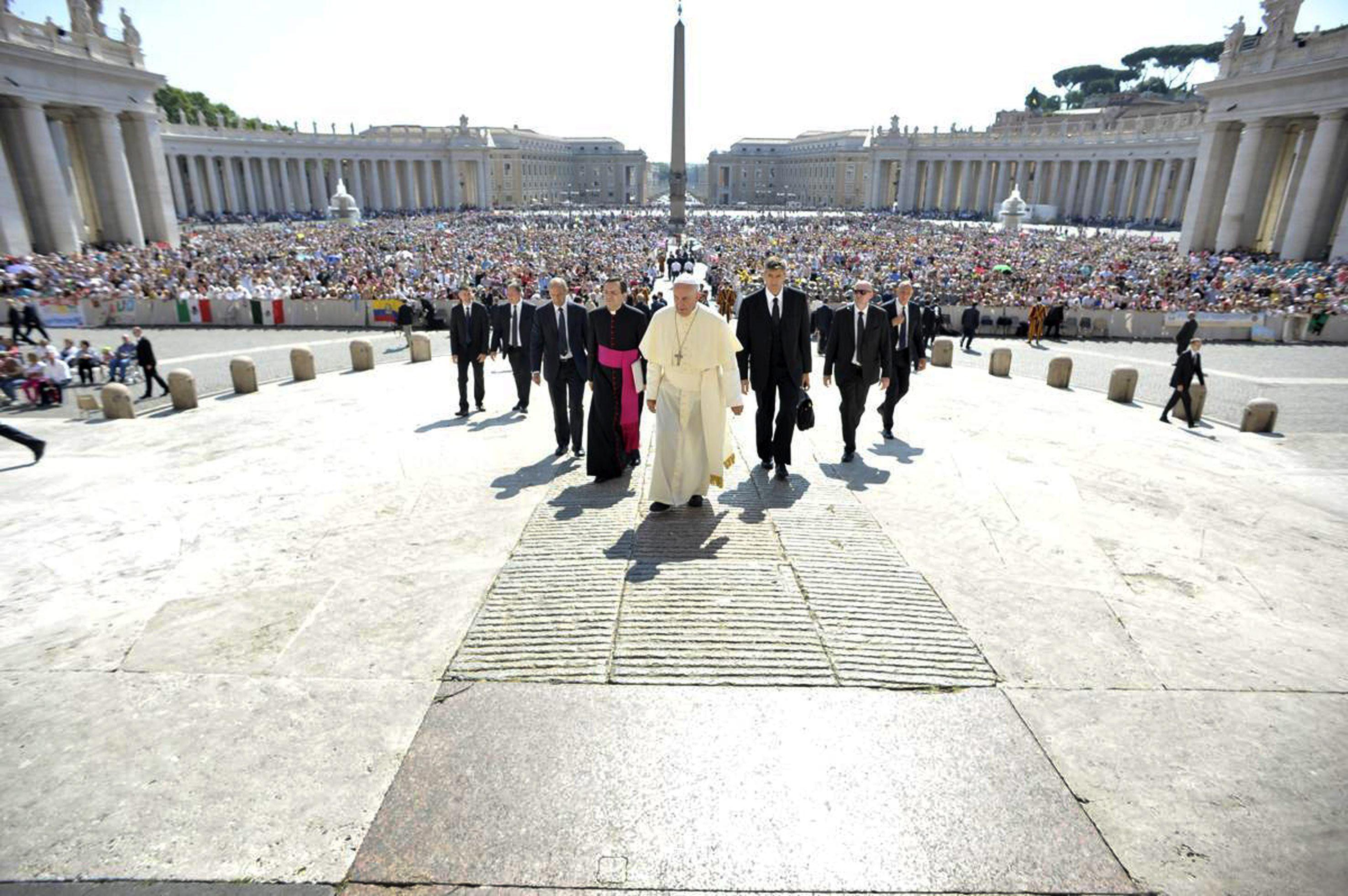 Muchas denuncias de abusos del clero 'no son verdaderas': asesor del Papa