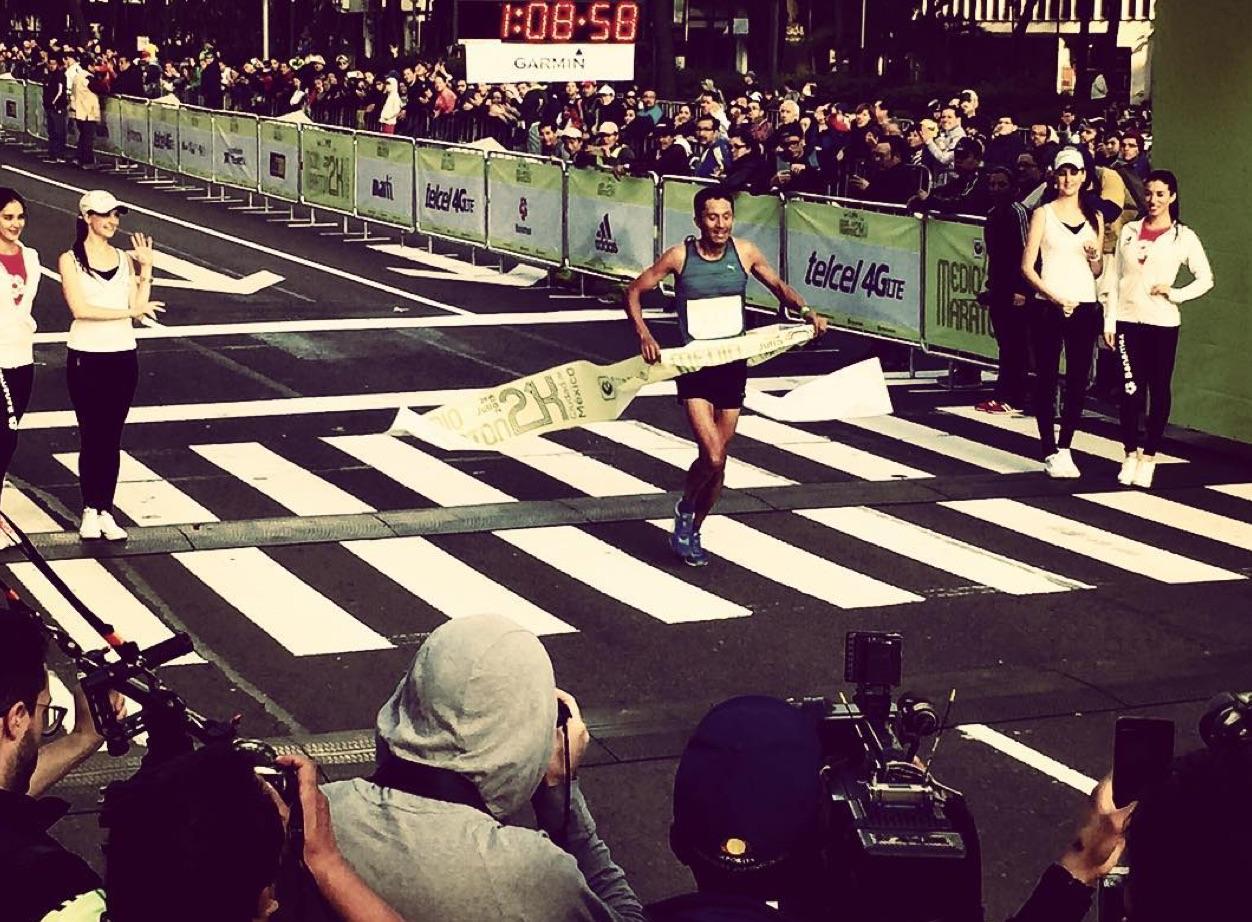 Tomás Luna ganó medio maratón