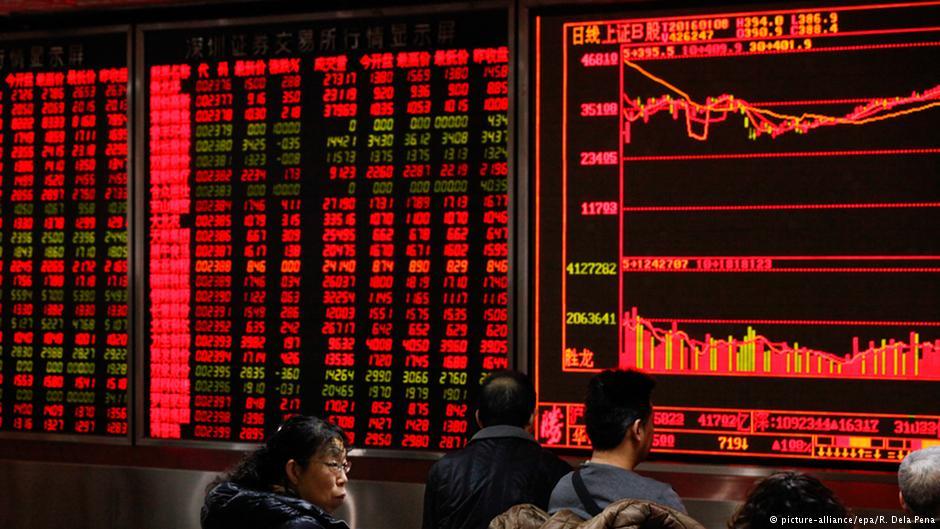 Mercado asiático frena caídas