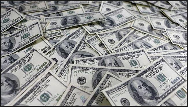 Peso resiste tras anuncio de Fed, dólar libre cierra en $20.74