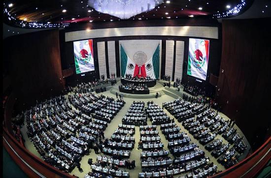 Avalan Miscelánea Fiscal 2017; va al Senado