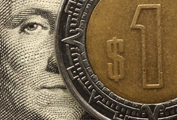 Dólar rompe piso de 19 pesos