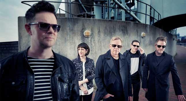 """New Order lanzará nueva edición de """"Singles"""""""